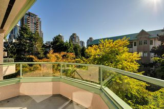 Photo 13: 504 6737 STATION HILL COURT in Burnaby: South Slope Condo for sale (Burnaby South)  : MLS®# R2210952