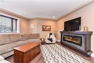 Photo 5: 301 2732 Matson Road in VICTORIA: La Langford Proper Townhouse for sale (Langford)  : MLS®# 387008
