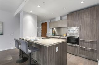 "Photo 8: 604 1661 ONTARIO Street in Vancouver: False Creek Condo for sale in ""SAILS"" (Vancouver West)  : MLS®# R2234220"