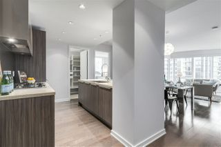 "Photo 9: 604 1661 ONTARIO Street in Vancouver: False Creek Condo for sale in ""SAILS"" (Vancouver West)  : MLS®# R2234220"