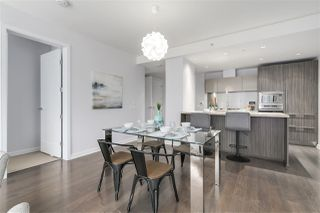 "Photo 2: 604 1661 ONTARIO Street in Vancouver: False Creek Condo for sale in ""SAILS"" (Vancouver West)  : MLS®# R2234220"
