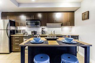 Photo 3: 909 555 DELESTRE Avenue in Coquitlam: Coquitlam West Condo for sale : MLS®# R2235386