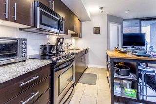 Photo 4: 909 555 DELESTRE Avenue in Coquitlam: Coquitlam West Condo for sale : MLS®# R2235386