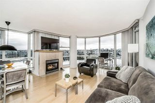 """Photo 5: 1802 1077 MARINASIDE Crescent in Vancouver: Yaletown Condo for sale in """"MARINASIDE RESORT"""" (Vancouver West)  : MLS®# R2238835"""