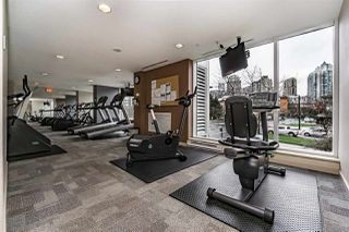 """Photo 17: 1802 1077 MARINASIDE Crescent in Vancouver: Yaletown Condo for sale in """"MARINASIDE RESORT"""" (Vancouver West)  : MLS®# R2238835"""
