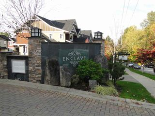 """Photo 2: 83 2979 156 Street in Surrey: Grandview Surrey Townhouse for sale in """"Enclave"""" (South Surrey White Rock)  : MLS®# R2243871"""