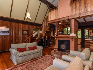 Photo 4: 565 Andrew Ave in COMOX: CV Comox Peninsula House for sale (Comox Valley)  : MLS®# 781831