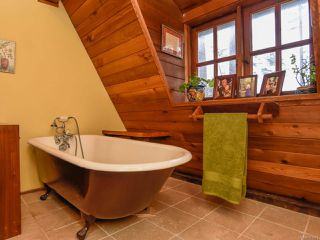 Photo 39: 565 Andrew Ave in COMOX: CV Comox Peninsula House for sale (Comox Valley)  : MLS®# 781831