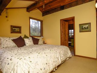 Photo 37: 565 Andrew Ave in COMOX: CV Comox Peninsula House for sale (Comox Valley)  : MLS®# 781831