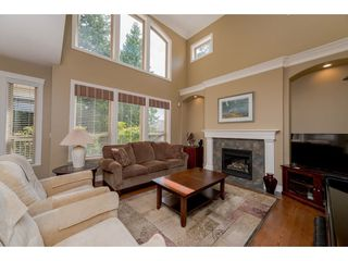 """Photo 10: 12070 59 Avenue in Surrey: Panorama Ridge House for sale in """"Boundary Park"""" : MLS®# R2275797"""