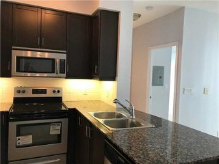 Photo 3: 2201 90 Absolute Avenue in Mississauga: City Centre Condo for lease : MLS®# W4223288