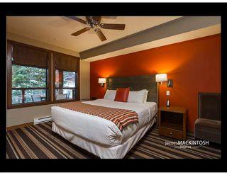 "Photo 3: 305A 2020 LONDON Lane in Whistler: Whistler Creek House 1/2 Duplex for sale in ""Evolution"" : MLS®# R2311750"