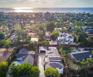 Main Photo: ENCINITAS House for sale : 4 bedrooms : 746 devonshire