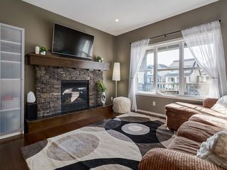 Photo 2: 184 COPPERPOND Road SE in Calgary: Copperfield Detached for sale : MLS®# C4213844