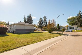 Photo 27: 8805 162 Street in Edmonton: Zone 22 House for sale : MLS®# E4139570