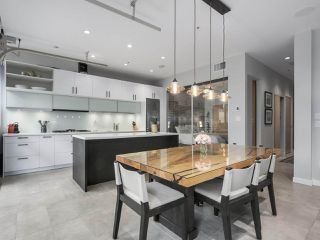 Photo 5: 601 546 BEATTY Street in Vancouver: Downtown VW Condo for sale (Vancouver West)  : MLS®# R2336595