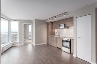 "Photo 3: 2703 488 SW MARINE Drive in Vancouver: Marpole Condo for sale in ""MARINE GATEWAY"" (Vancouver West)  : MLS®# R2345365"