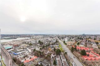 "Photo 6: 2703 488 SW MARINE Drive in Vancouver: Marpole Condo for sale in ""MARINE GATEWAY"" (Vancouver West)  : MLS®# R2345365"