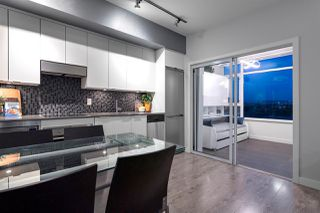 Photo 9: 801 2788 PRINCE EDWARD Street in Vancouver: Mount Pleasant VE Condo for sale (Vancouver East)  : MLS®# R2387526