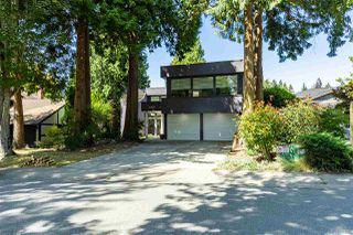 Main Photo: 12657 OCEAN CLIFF Drive in Surrey: Crescent Bch Ocean Pk. House for sale (South Surrey White Rock)  : MLS®# R2398432