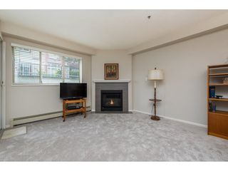 """Photo 3: 109 9186 EDWARD Street in Chilliwack: Chilliwack W Young-Well Condo for sale in """"ROSEWOOD GARDENS"""" : MLS®# R2403843"""