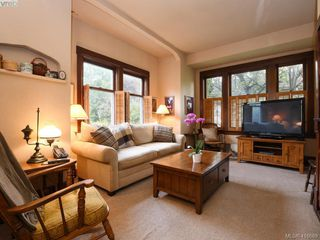 Photo 8: 1960 St. Ann Street in VICTORIA: OB North Oak Bay Single Family Detached for sale (Oak Bay)  : MLS®# 416689