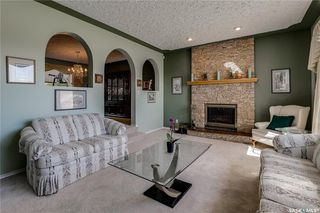 Photo 7: 335 Whiteswan Drive in Saskatoon: Lawson Heights Residential for sale : MLS®# SK788529