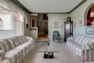 Photo 4: 335 Whiteswan Drive in Saskatoon: Lawson Heights Residential for sale : MLS®# SK788529