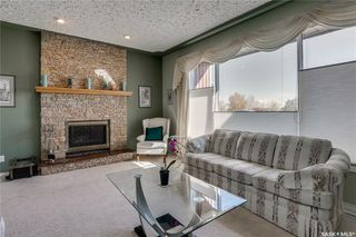 Photo 6: 335 Whiteswan Drive in Saskatoon: Lawson Heights Residential for sale : MLS®# SK788529