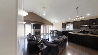 Photo 11: 805 WILDWOOD Crescent in Edmonton: Zone 30 House for sale : MLS®# E4179559