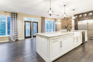 Photo 14: 22 ROCK LAKE View NW in Calgary: Rocky Ridge Detached for sale : MLS®# C4285208