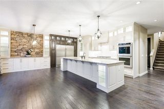 Photo 10: 22 ROCK LAKE View NW in Calgary: Rocky Ridge Detached for sale : MLS®# C4285208