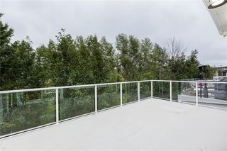 Photo 15: 22 ROCK LAKE View NW in Calgary: Rocky Ridge Detached for sale : MLS®# C4285208