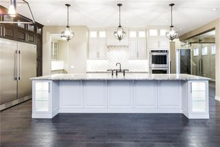 Photo 17: 22 ROCK LAKE View NW in Calgary: Rocky Ridge Detached for sale : MLS®# C4285208