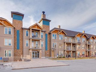Photo 1: 425 207 SUNSET Drive: Cochrane Apartment for sale : MLS®# C4291361