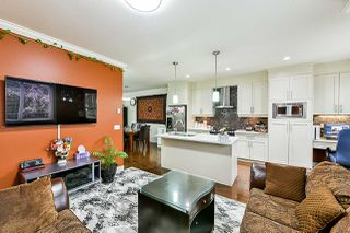 Photo 8: 8 9077 150 STREET in Surrey: Bear Creek Green Timbers Townhouse for sale : MLS®# R2355440