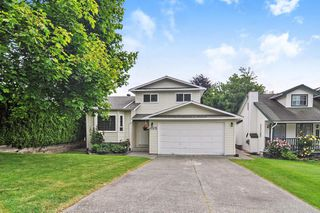 Photo 1: 6578 WILLOUGHBY Way in Langley: Willoughby Heights House for sale : MLS®# R2461092