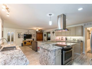 """Photo 6: 3926 204A Street in Langley: Brookswood Langley House for sale in """"Brookswood"""" : MLS®# R2461276"""