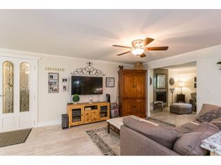 """Photo 8: 3926 204A Street in Langley: Brookswood Langley House for sale in """"Brookswood"""" : MLS®# R2461276"""