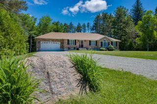 Main Photo: 23007 Weir's Sdrd in Georgina: Pefferlaw House (Bungalow) for sale : MLS®# N4785129