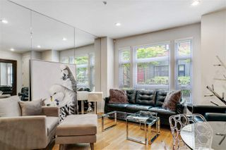 """Photo 2: 2759 GUELPH Street in Vancouver: Mount Pleasant VE Townhouse for sale in """"The Block"""" (Vancouver East)  : MLS®# R2473258"""