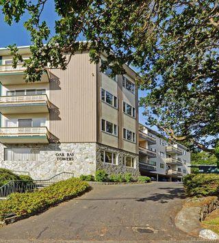 Main Photo: 203 1400 Newport Ave in Oak Bay: OB South Oak Bay Condo for sale : MLS®# 839023