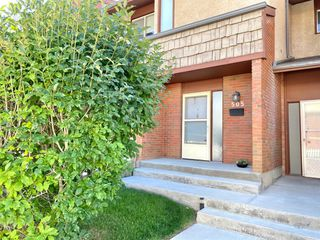 Photo 3: 505 1305 GLENMORE Trail SW in Calgary: Kelvin Grove Row/Townhouse for sale : MLS®# A1017648