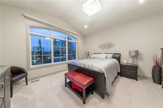 Photo 5: 1126 17 Avenue NW in Calgary: Capitol Hill Semi Detached for sale : MLS®# A1042734