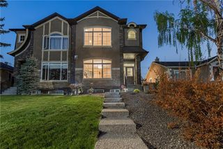 Photo 2: 1126 17 Avenue NW in Calgary: Capitol Hill Semi Detached for sale : MLS®# A1042734