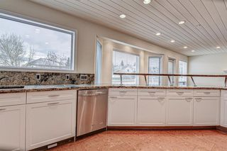 Photo 11: 3 Sierra Vista Circle SW in Calgary: Signal Hill Detached for sale : MLS®# A1051441