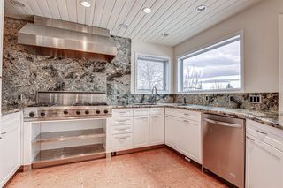 Photo 3: 3 Sierra Vista Circle SW in Calgary: Signal Hill Detached for sale : MLS®# A1051441