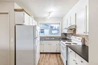 Photo 4: 416 Penswood Road SE in Calgary: Penbrooke Meadows Detached for sale : MLS®# A1050299