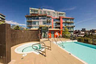 "Photo 21: 807 38 W 1ST Avenue in Vancouver: False Creek Condo for sale in ""THE ONE"" (Vancouver West)  : MLS®# R2525858"