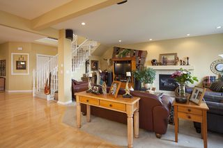 Photo 6: 7157 196A Street in Langley: Willoughby Heights House for sale : MLS®# F1108097